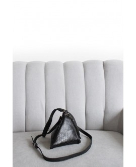 Pyramid bag Black