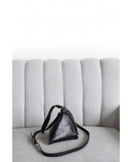 Pyramid bag Black