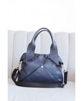 Ruby bag in Navy
