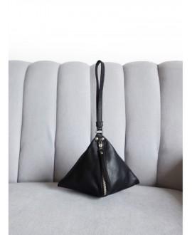 The Pyramid bag black