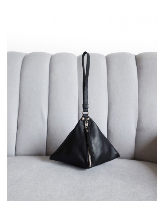 The Pyramid bag black