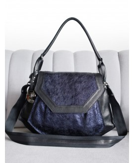 Olivia bag in Black and Navy